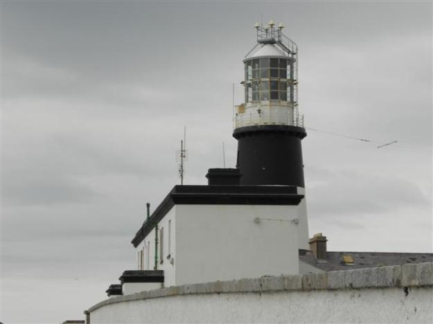 Lighthouse, Tory Island (Kenneth  Allen) / CC BY-SA 2.0