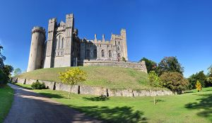 Arundel Castle today. Source: Wikimedia Commons