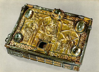 The silver case in which the Cathach was brought to war.