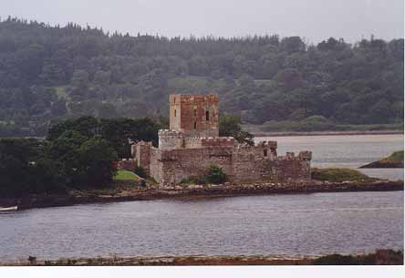 Doe Castle prior to restoration.