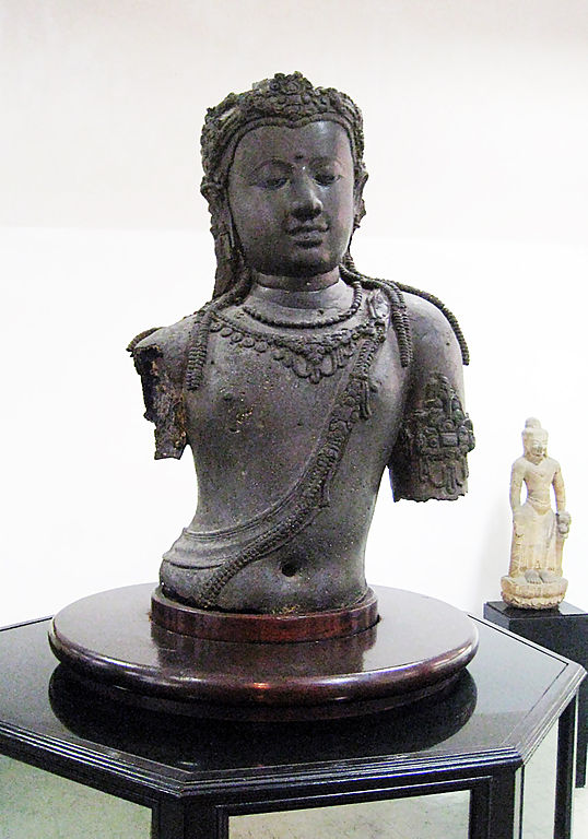 A torso of the Buddha from the Bangkok National Museum, one of the few examples of surviving Srivijayan art outside of Borobudur.