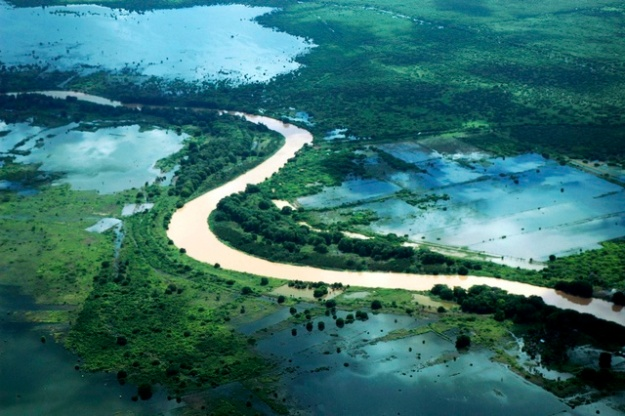 The Shabelle river, one of the rivers that flow through the are ruled by the Ajurans. By constructing irrigation canals to draw water from the river into the surrounding lands, they were able to vastly increase the amount of arable land available to them.
