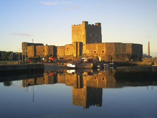 Carrickfergus_Castle,_reflections_at_sunset_-_geograph.org.uk_-_1098306